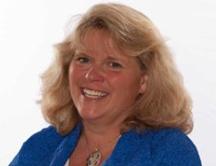 Gretchen-Hoffman-VP-Marketing